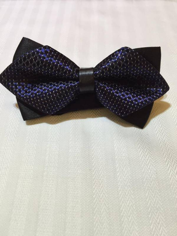 Blue Dotted Bowtie